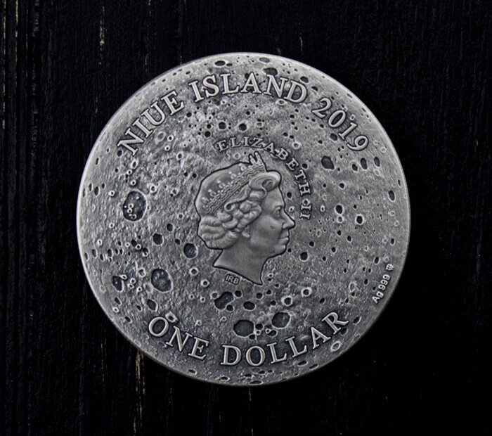 Copernicus Moon Crater 1 oz Antique finish Lunar Meteorite NWA 8609 Silver Coin 1$ Niue 2019