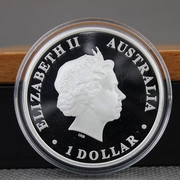 Discover Australia  - Dingo Colored Proof Silver Coin 1$ Australia 2011