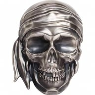 Big Pirate Skull 500 g Antique finish Silver Coin 25$ Palau 2018