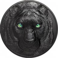 Black Panther Hunters by Night 1 Kilo Black Proof Silver Coin 50$ Palau 2021